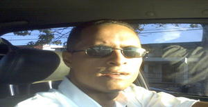 Tonyflow 41 years old I am from Santo Domingo/Distrito Nacional, Seeking Dating Friendship with Woman