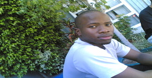 Eddy_boy 32 years old I am from Maputo/Maputo, Seeking Dating Friendship with Woman