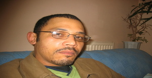 Lando25 47 years old I am from Cardiff/Wales, Seeking Dating Friendship with Woman