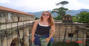 Kmpp8 50 years old I am from San Salvador/San Salvador, Seeking Dating Friendship with Man