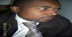Djon 43 years old I am from Maputo/Maputo, Seeking Dating Friendship with Woman