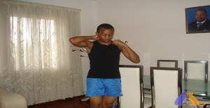 Mutimucuioolimpi 28 years old I am from Maputo/Maputo, Seeking Dating Friendship with Woman