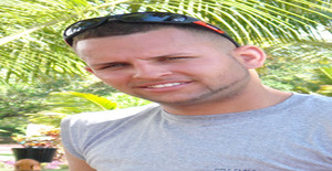 Carlitoojosverde 36 years old I am from Santo Domingo/Distrito Nacional, Seeking Dating Friendship with Woman