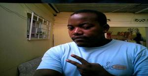 Domaux 31 years old I am from Luanda/Luanda, Seeking Dating Friendship with Woman
