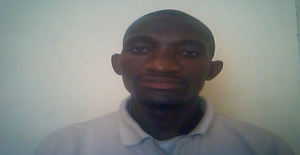 Valdemarsicato 32 years old I am from Luanda/Luanda, Seeking Dating Friendship with Woman