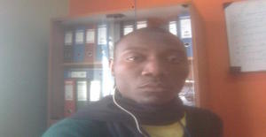 Semantikey 29 years old I am from Maputo/Maputo, Seeking Dating Friendship with Woman