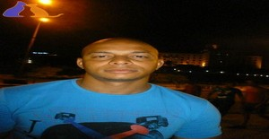 Yosvel 35 years old I am from Ciudad de la Habana/La Habana, Seeking Dating Friendship with Woman