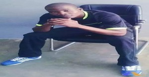 César 32 years old I am from Maputo/Maputo, Seeking Dating Friendship with Woman