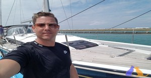 osmanysalsero 35 years old I am from La Habana/La Habana, Seeking Dating Friendship with Woman